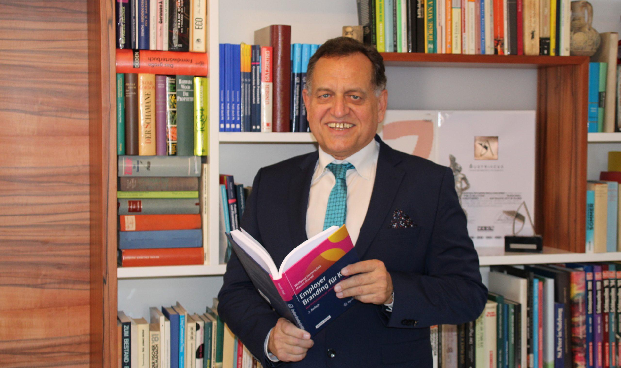 Dr. Wolfgang Immerschitt